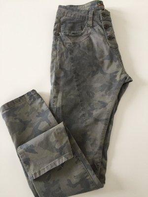 Camouflage Baumwoll Hose von please Gr. S 36 Grüntöne