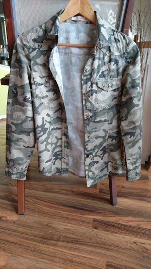 Camouflage Hemd Gr. 36