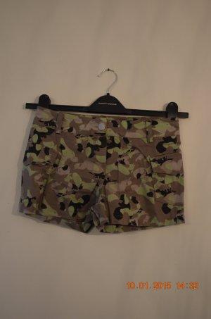 Camouflage-Hotpants/Shorts