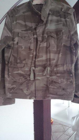 camouflage jacke