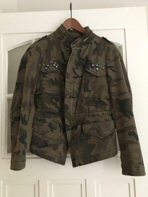 Camouflage Jacke Zara