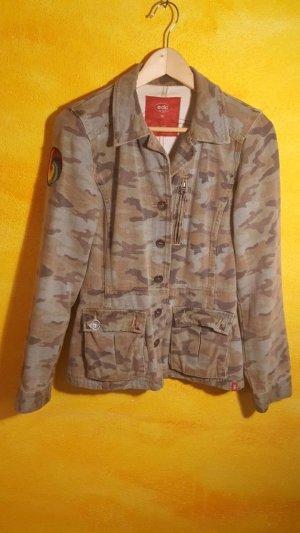 Camouflage Retro Jacke Esprit
