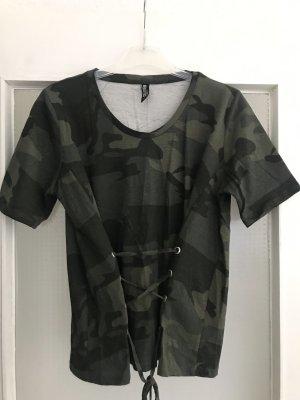 Camouflage Shirt mit Schnürung in khaki S