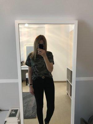 Camouflage T-Shirt von Zara