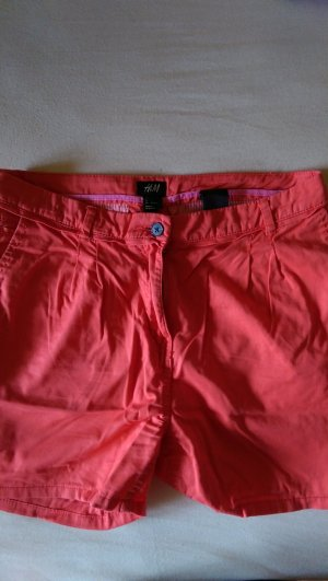 Camparifarbene Shorts