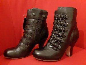 Camper Zipper Booties black leather