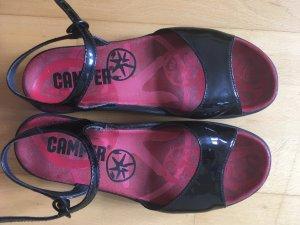 Camper High-Heeled Toe-Post Sandals black-carmine leather