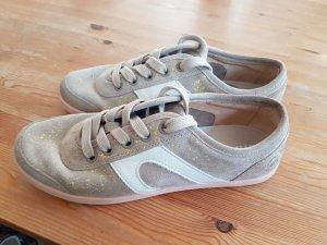 CAMPER Sneaker aus weichem Veloursleder