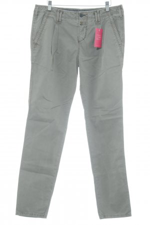 Campus Chinos sage green casual look