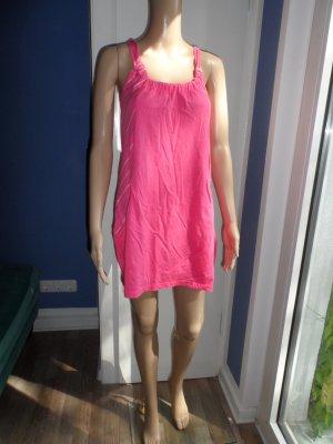 Candy pinkes Kleid von Bench