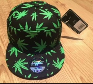 Cap Cannabis Carbon 212 snapback, neu