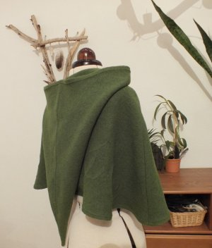 Cape olive green-forest green wool