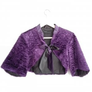 Cape Bolero in violett aus Kunstfell Swarovski