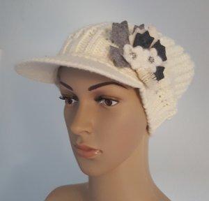 Knitted Hat white-dark grey