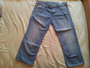 Capri Hose Jeans hellblau S.Oliver Gr. 36