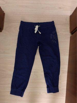 Gap Pantalón capri violeta oscuro