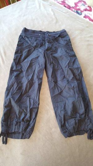 HM Pantalon capri noir
