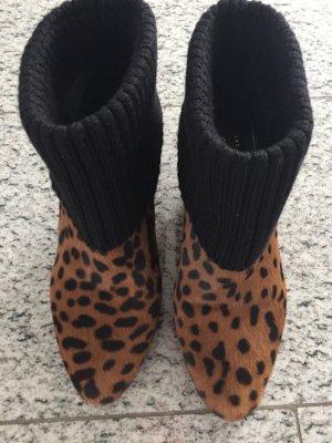 Car Shoe wie Neu Stiefeletten Fell in Tigerprint