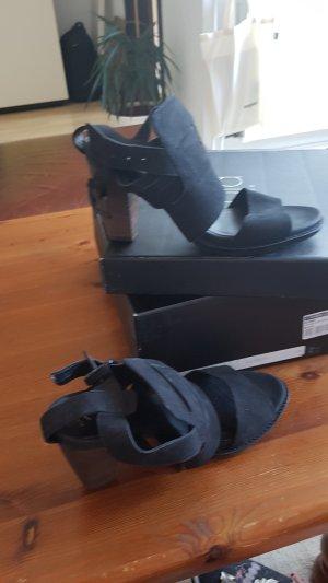 Cara London Echtleder schwarze Pumps/ Sandaletten