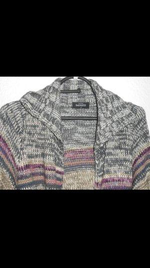 Cardigan/ gestrickt mit Taschen und Gürtel