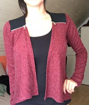 Cardigan in rot, schwarz von forever and me