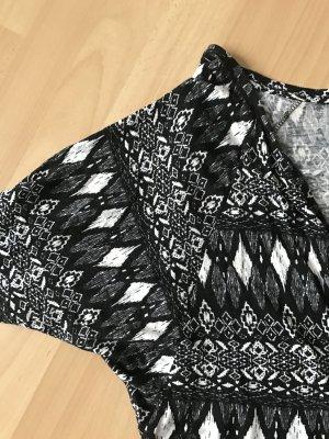Cardigan mit Etnomuster schwarz weiß