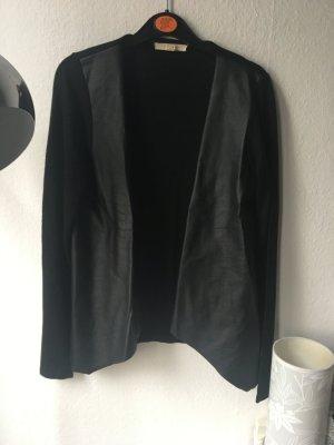 Cardigan mit Lederimitat Vorderseite in schwarz