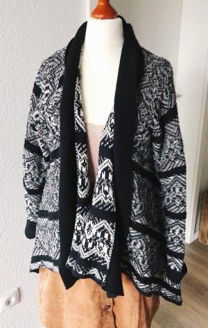 Cardigan Strickjacke von Opus 38 schwarz weiß