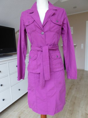 Ladies' Suit magenta cotton