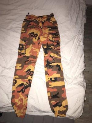 Missguided Pantalone cargo multicolore