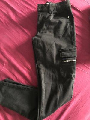 Cargohose skinny schwarz
