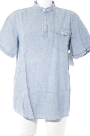 Carhartt Kurzarmhemd himmelblau Boyfriend-Look