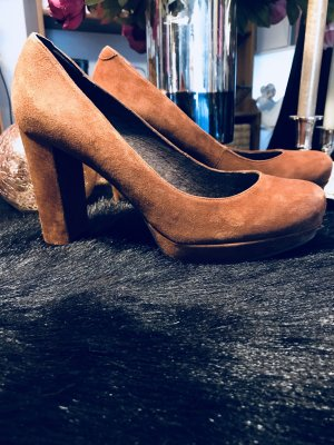 Carma Shoes Escarpin à plateforme brun cuir