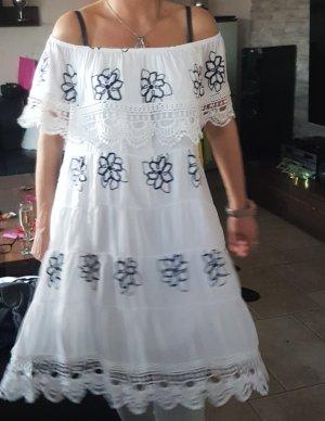 Carmen Kleid mit Spitze und Stickerei Grösse ab 38 bis 42