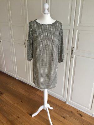 Cartoon Kleid beige Muster 36