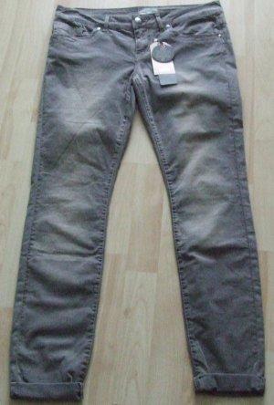 CARTOON Slim Fit Jeans - NEU
