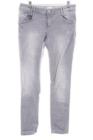 Cartoon Slim Jeans hellgrau Used-Optik