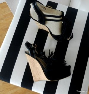 Carvela Kurt Geiger/Blogger/Coachella/Wedges/
