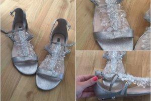 Carvela Sandalo con cinturino argento