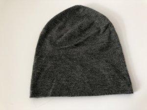 Warm-Me Chapeau en tricot gris anthracite