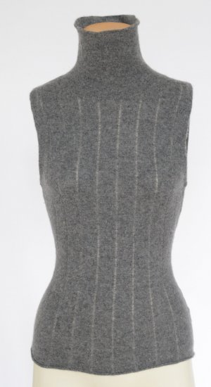 Cashmere Pullunder by VERONICA POHLE