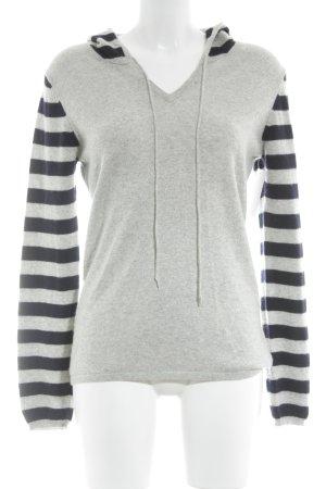 Pull en cashemire gris-noir motif abstrait style mode des rues