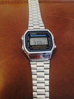 7c148d14c2d8 Casio Reloj digital color plata acero inoxidable