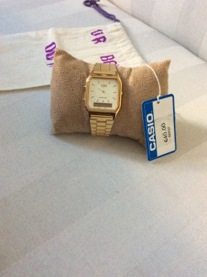 Casio Armbanduhr Gold