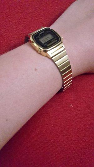 Casio Armbanduhr goldfarben