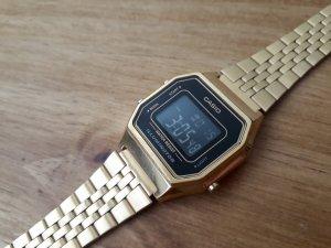 CASIO Armbanduhr klein