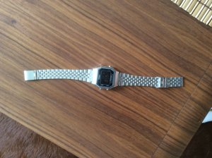 Casio Damenuhr total hip