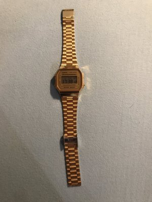 Casio Retro Gold Uhr
