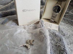 Casio Reloj con pulsera metálica color plata