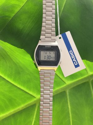 Casio silberfarbene Retro Armband Uhr
